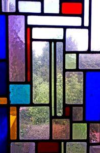 glas in lood huys auerhaen door Theo van Doesburg